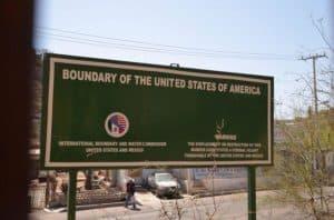 US-Mexico-Border-Sign